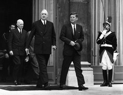 Meeting of de Gaulle and   at the presidential palace in Paris.