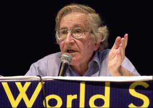 Noam Chomsky at World Social Forum – 2003. Source: Marcello Casal Jr/ABr, January/2003